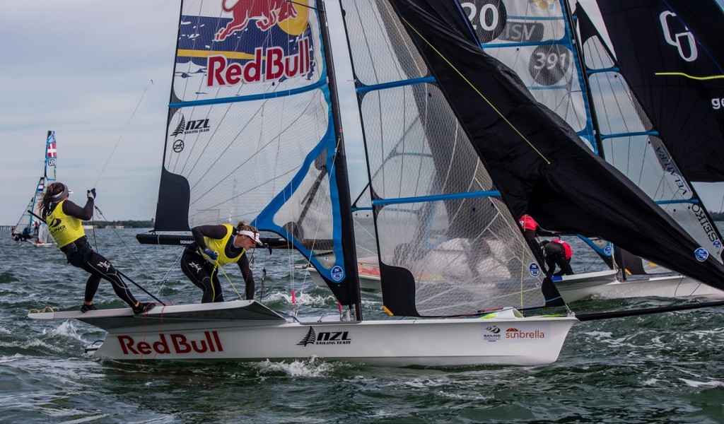 New Zealanders Maloney and Meech defend 49erFX title with day to spare at Sailing World Cup in Miami