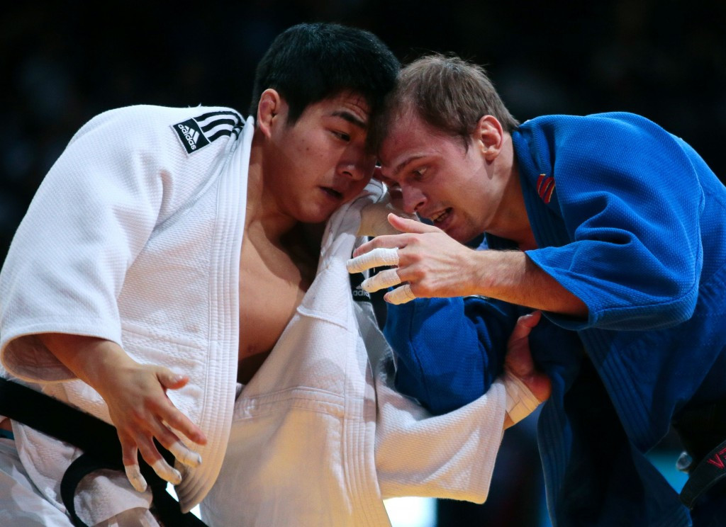 South Korea's AN Chang-Rim beat Russia's Denis Iartcev  in the under 73kg division ©Getty Images
