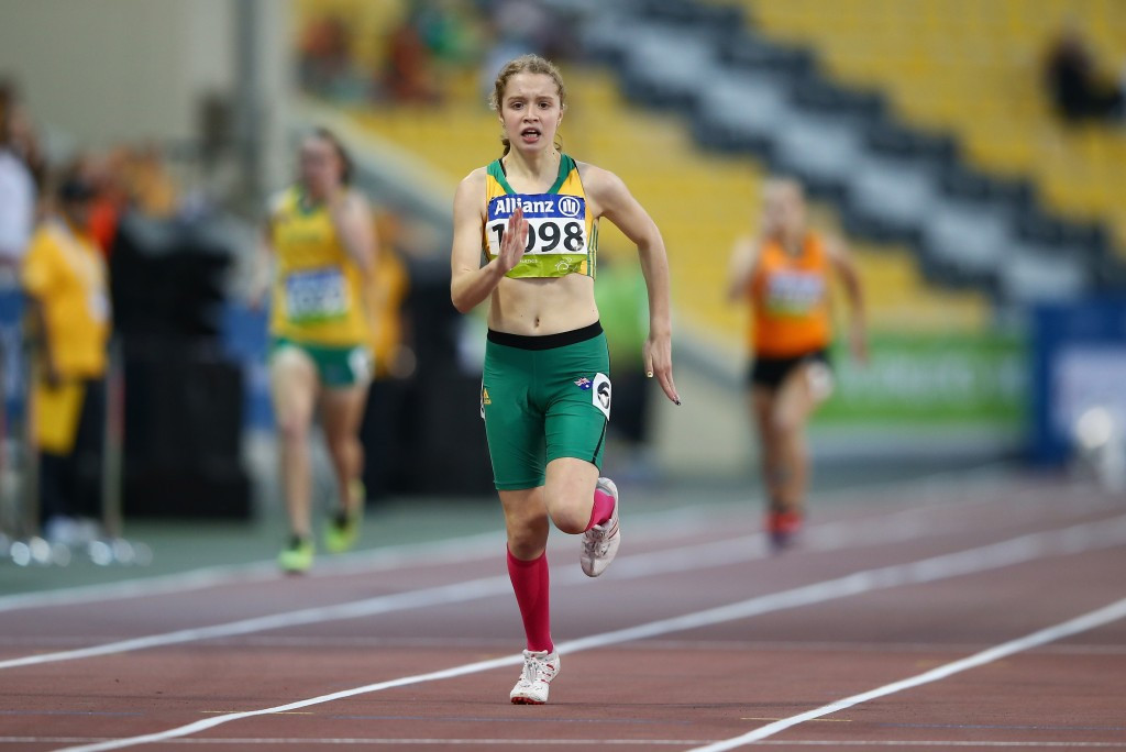 Holt smashes 200m world record as IPC Athletics Grand Prix‏ in Canberra comes to a close