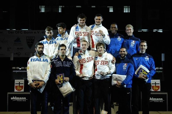 Russia win men's team foil gold at Fencing World Cup as countries book Rio 2016 spots