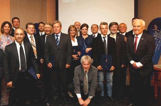 Football and boxing champions honoured at Hungarian Olympic Committee Fair Play awards