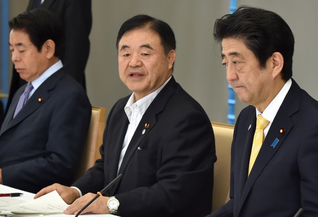 Olympics Minister Toshiaki Endo has praised the donation plan for the wooden seating at the National Stadium