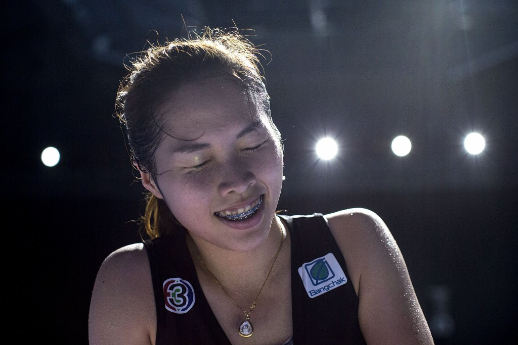 Four home players through to women's last eight at BWF Thailand Masters