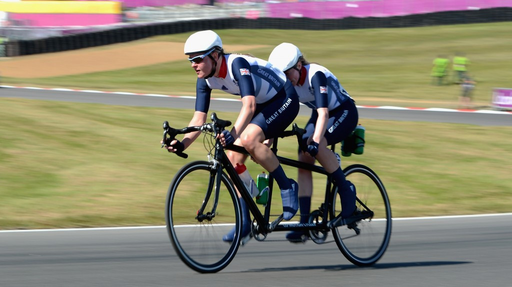 World champions Turnham and Hall among British squad for UCI Para-cycling World Cup openers