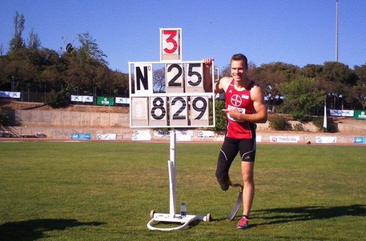 Rehm breaks own world record with superb long jump at Barcelona event