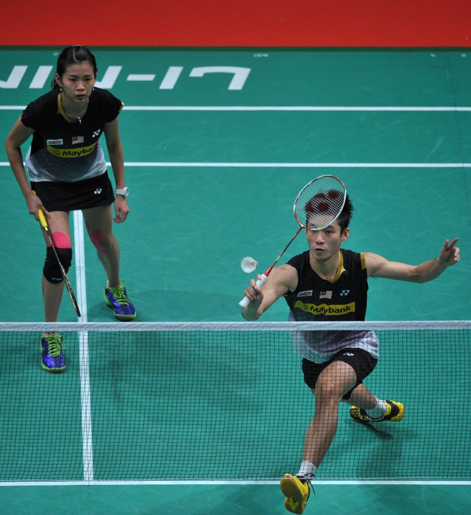 Malaysia's Chan Peng Soon and Goh Liu Ying stand in the way of China's  Zheng Siwei and Chen Qingchen in the mixed doubles event at the Thailand Masters Grand Prix Gold ©Getty Images
