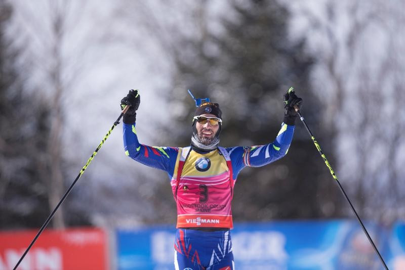 France's Martin Fourcade came from behind to win the men's 12.5km pursuit