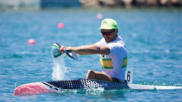 Steve Bird dominated the men's K1 200m A final