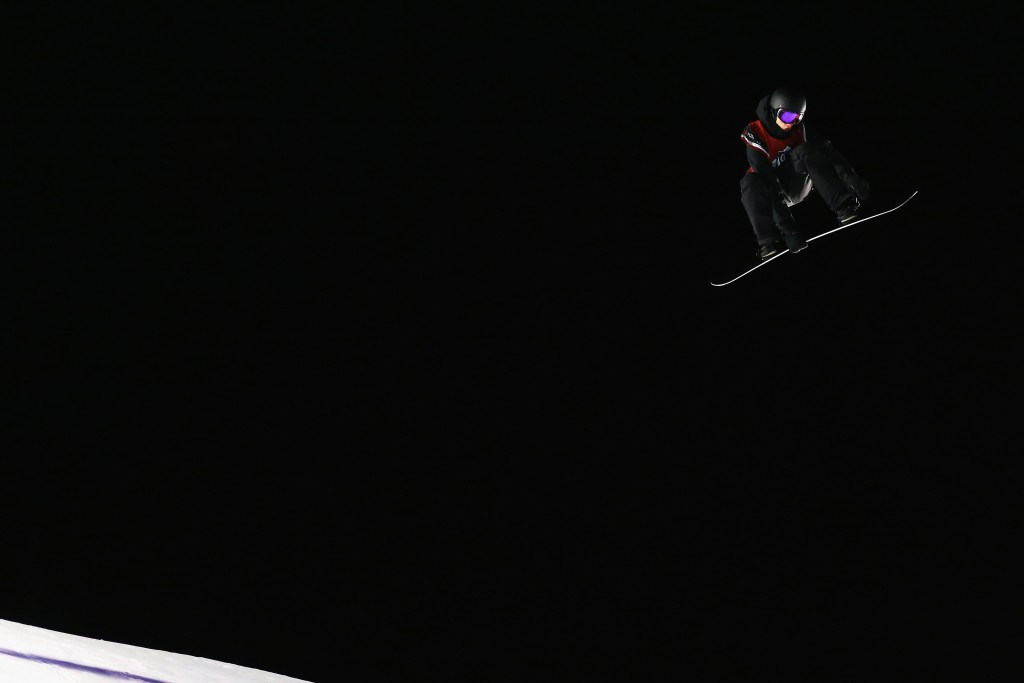 Parrot flies in Quebec on way to second consecutive Big Air victory