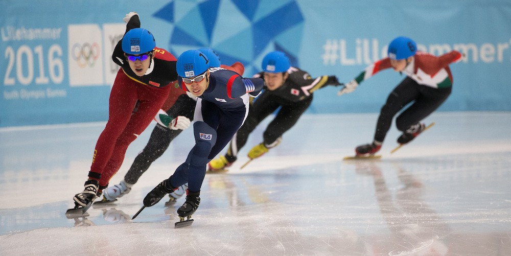 Daeheon Hwang of South Korea secured the gold medal in the men's 1,000m race ©YIS/IOC