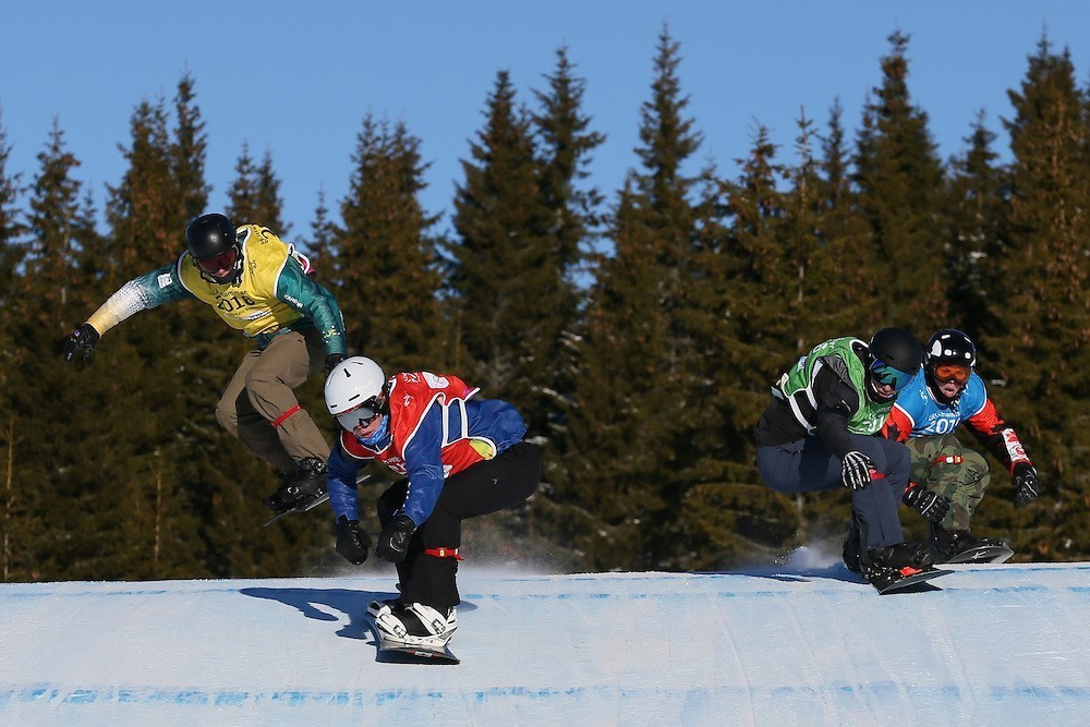 Jake Vedder claimed the men's snowboard-cross title to continue US success ©Lillehammer 2016