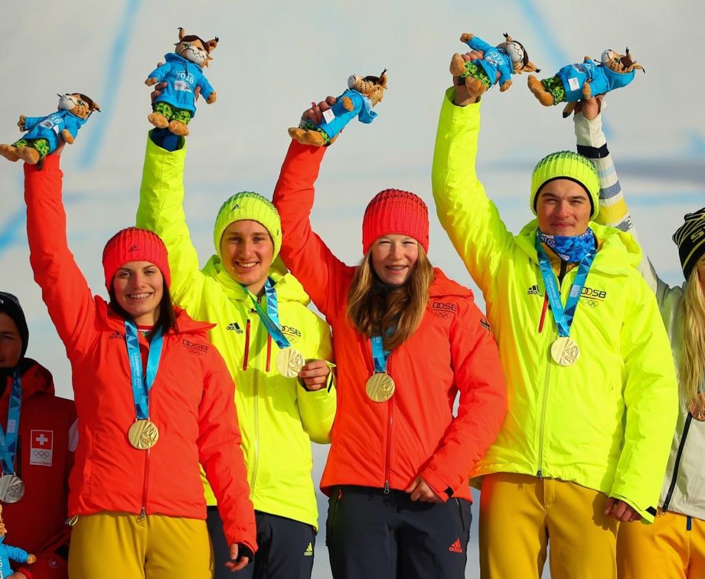 Celia Funkler, Sebastian Pietrzykowski, Jana Fischer and Cornel Renn of Germany celebrate after winning the gold ©Lillehammer 2016/Twitter