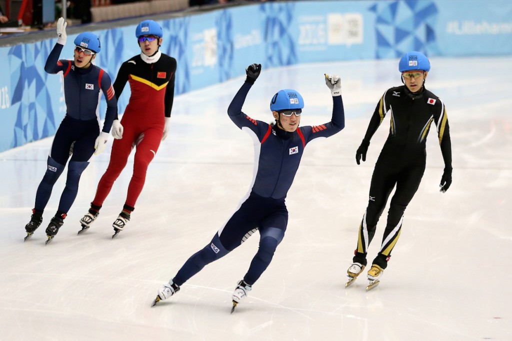 Hong Kyunghwan of South Korea claimed men's 500m gold ©Lillehammer 2016