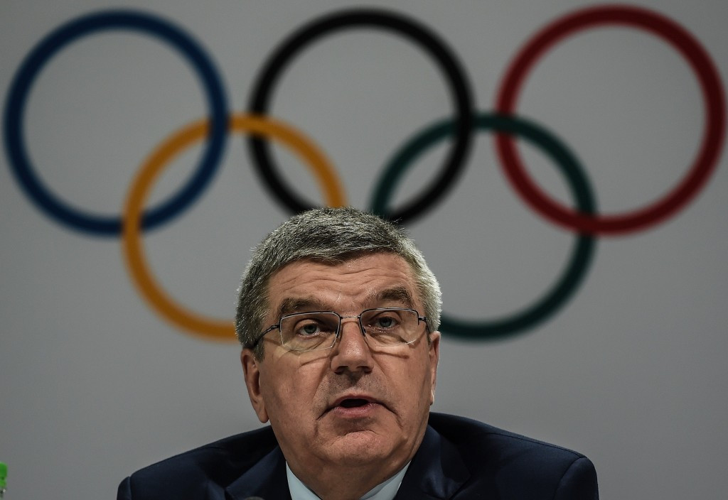 "Bach praises ""strong"" candidates as 2024 Olympic bidders submit plans"