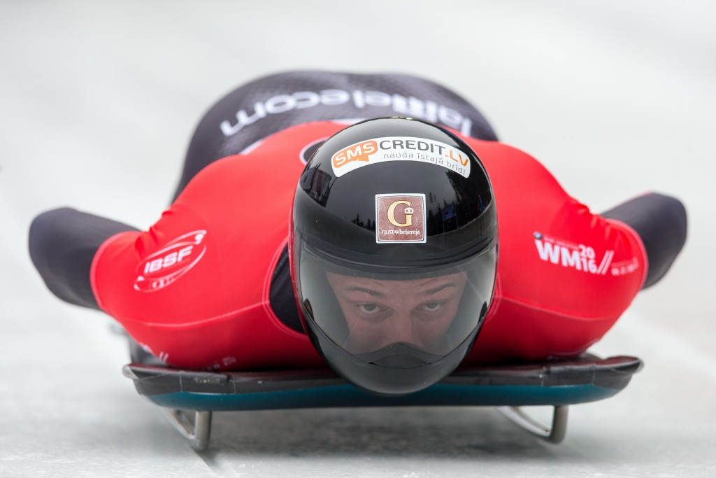 Dukurs in pole position to claim fourth skeleton world title