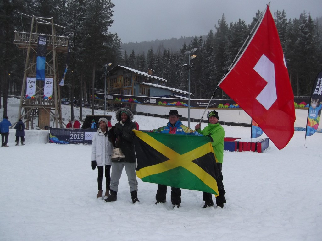 Jamaican and Swiss fans cheer on Daniel Mayhew at the bobsleigh ©ITG