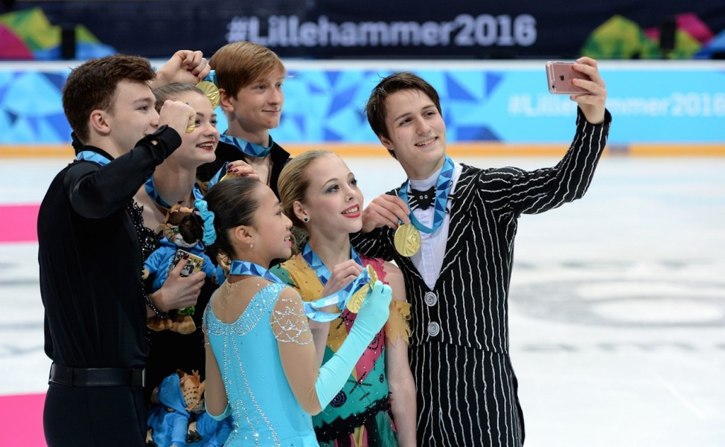 Superpowers unite to claim mixed nation figure skating glory at Lillehammer 2016