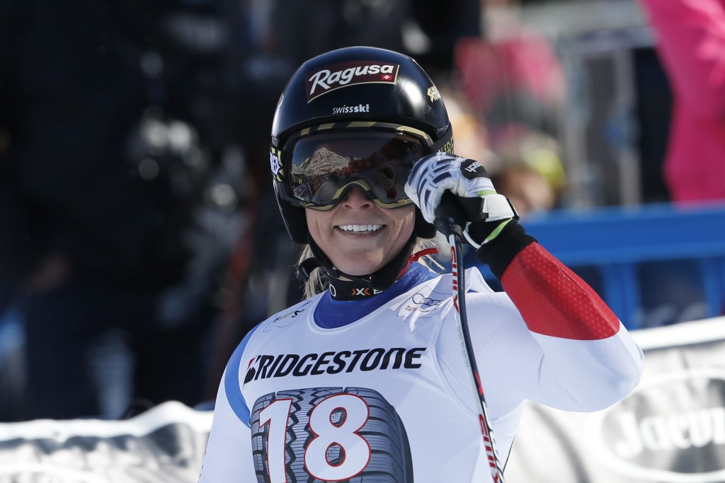 Lara Gut came second to narrow the gap on overall leader Lindsey Vonn
