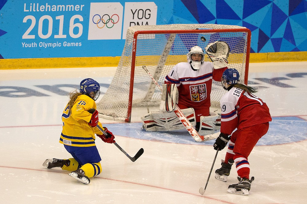 Sweden successfully defended their women's ice hockey crown with a 3-1 win over the Czech Republic ©YIS/IOC