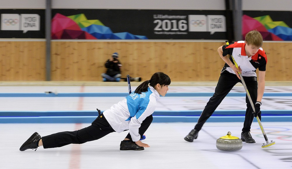A Swiss-Japanese combo claimed gold in the mixed NOC curling doubles event ©YIS/IOC