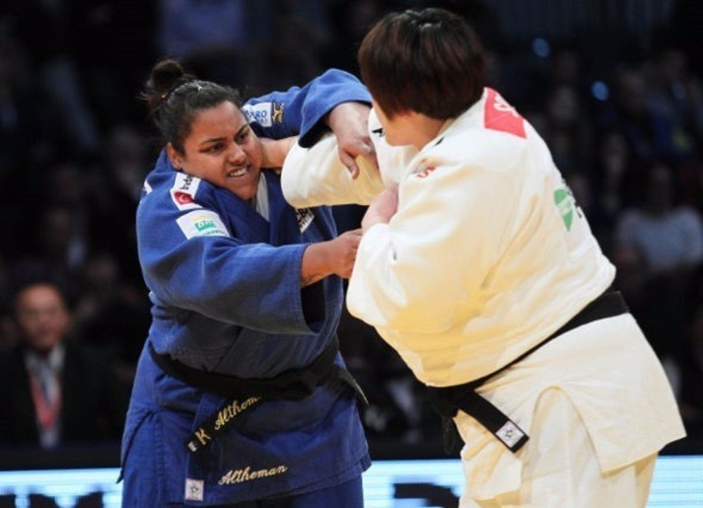 Brazil's Maria Suelen Altheman beat world champion Yu Song to the women's over 78kg title