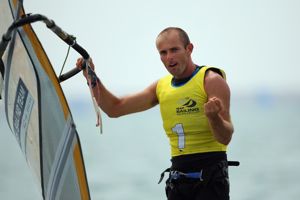 Dempsey claims lead at RS:X World Windsurfing Championships