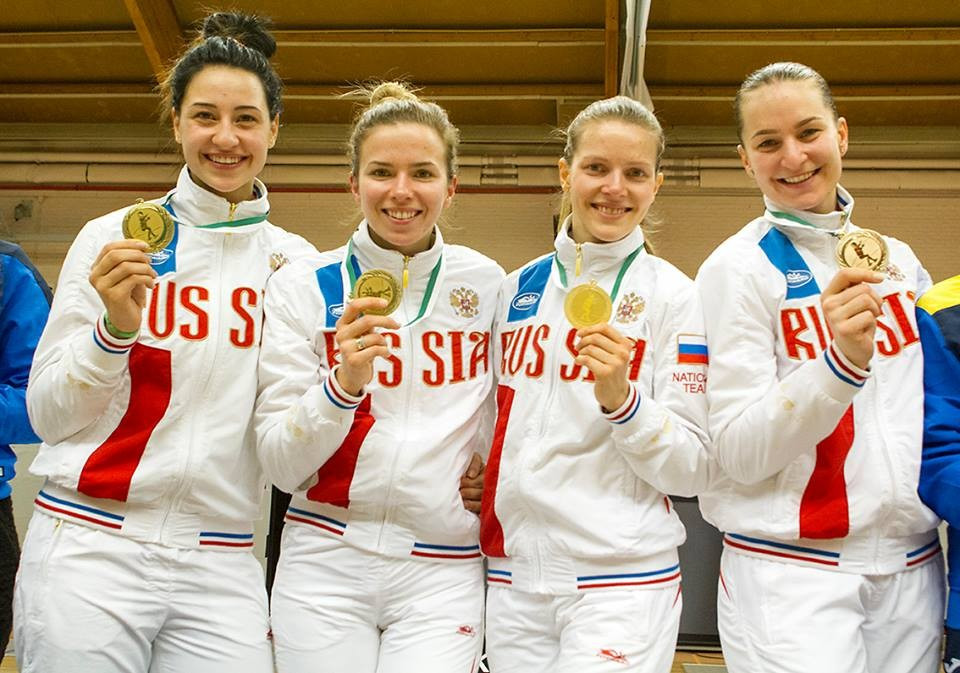 Russia were able to claim the women's team sabre gold ©Facebook/FIE