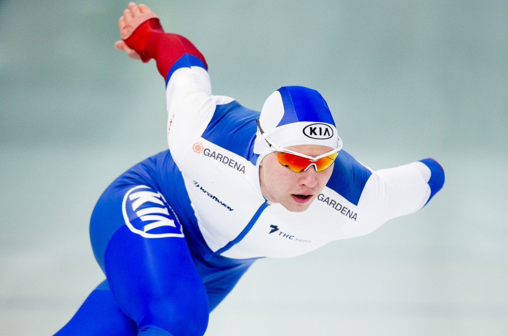 Kulizhnikov and Bowe gun for consecutive World Sprint Championship titles in Seoul