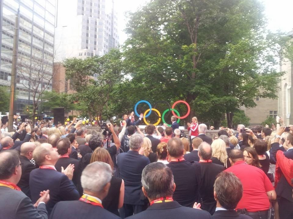 Crowds flocked to the unveiling of the Olympic Rings at Canada Olympic House during an event last summer ©COC