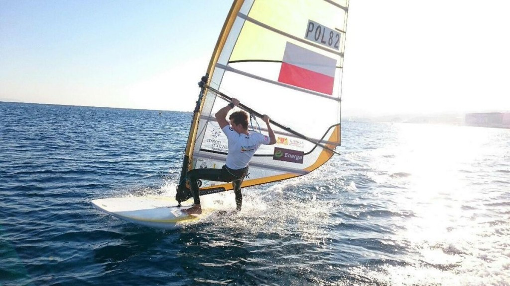 Myszka claims second RS:X windsurfing world title with day to spare