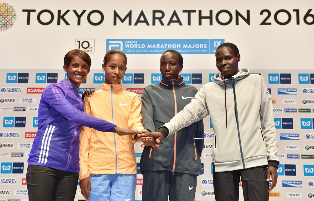Birhane Dibaba (second left) will aim to become the first woman to retain the Tokyo Marathon title ©Getty Images