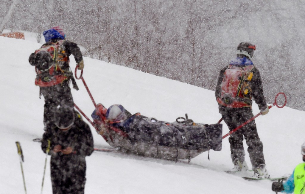 Lindsey Vonn is carried off after her crash in Andorra ©Getty Images