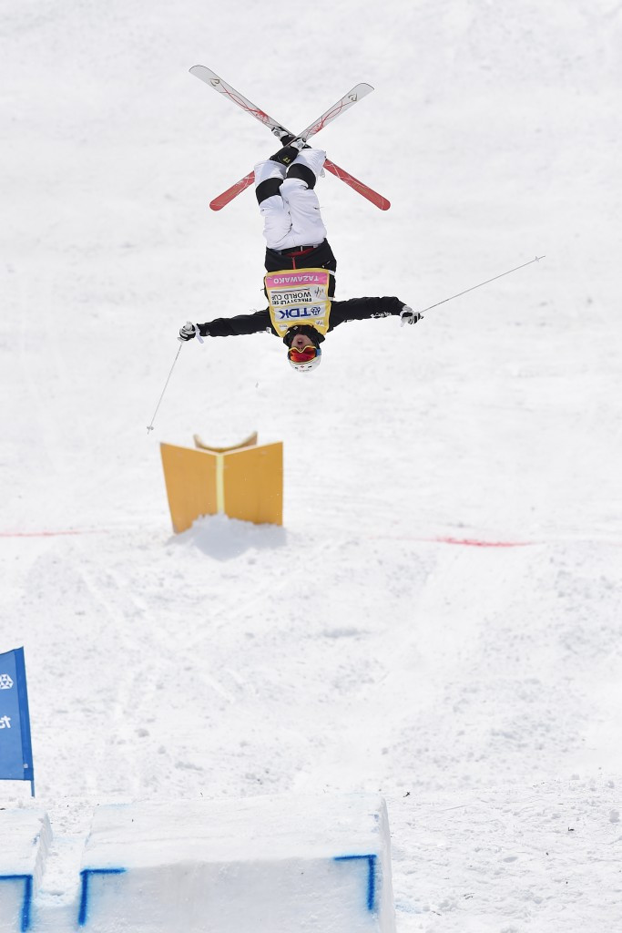Kingsbury claims overall title with moguls win in Japan