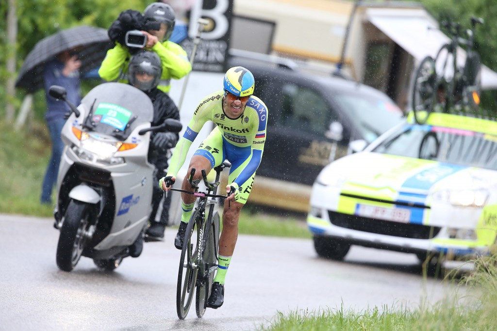 Alberto Contador produced an excellent individual time trial performance to regain the pink jersey ©AFP/Getty Images