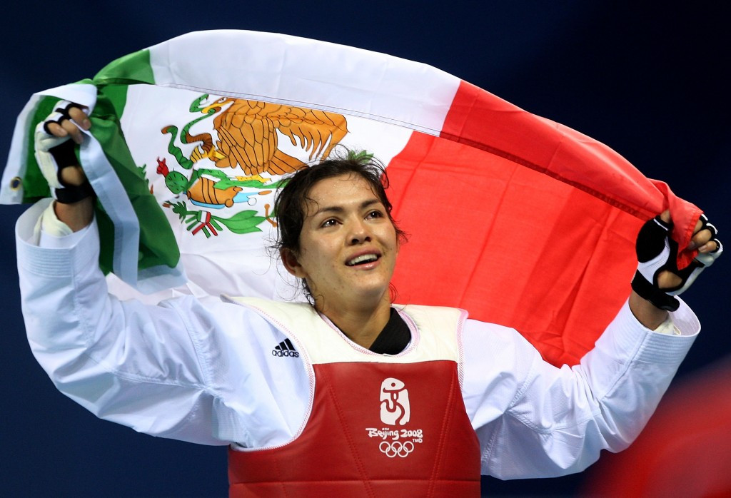 Maria Espinoza celebrates gold at Beijing 2008 ©Getty Images