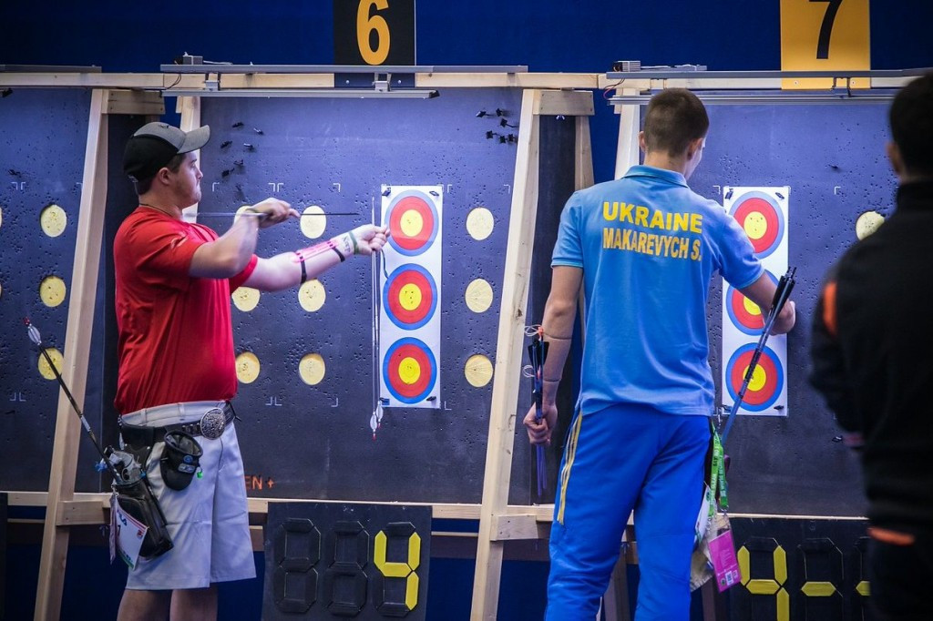 Makarevych stuns top seed Ellison to reach men's recurve final at World Indoor Archery Championships