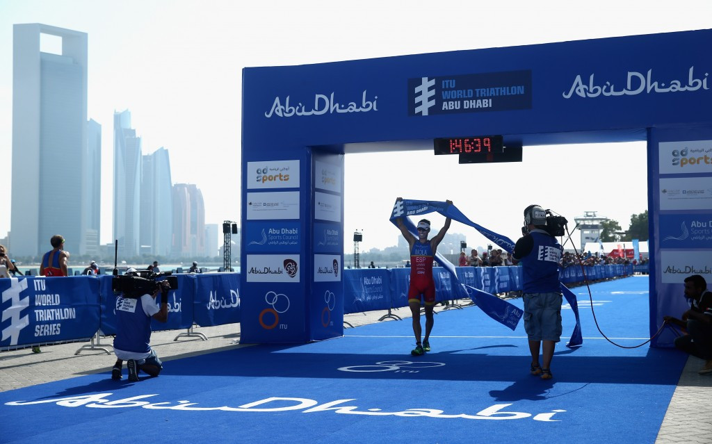 Maria Mola secured back-to-back victories in Abu Dhabi