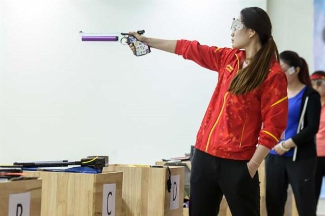 Guo Wenjun won the women's 10m air pistol title