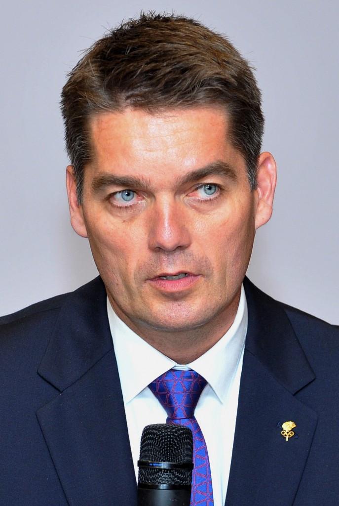 BWF President Poul-Erik Høyer wrote a letter to Vizer explaining badminton's decision to suspend its membership ©AFP/Getty Images