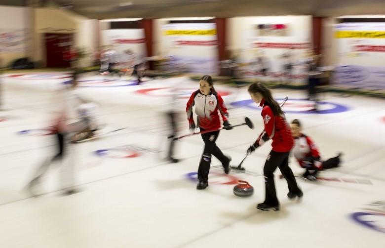 Canadian men lose again but women remain unbeaten at World Junior Curling Championships