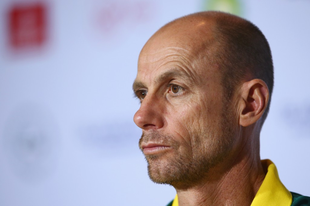 Moneghetti congratulated by Commonwealth Games Australia after receiving athletics honour