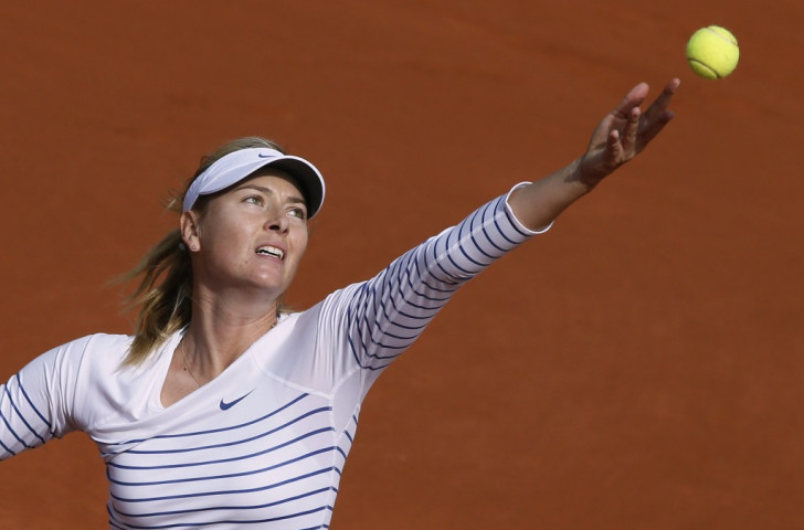 Defending champion Sharapova seals comfortable passage into French Open second round