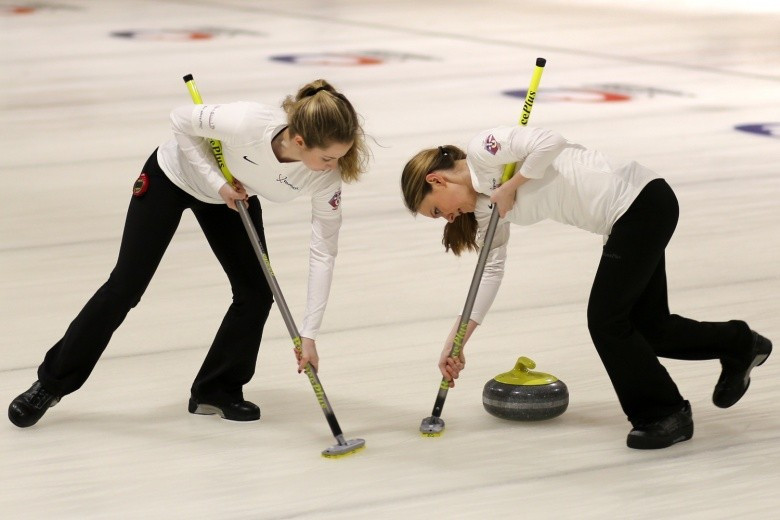 United States join Canada and South Korea in women's playoffs at World Junior Curling Championships