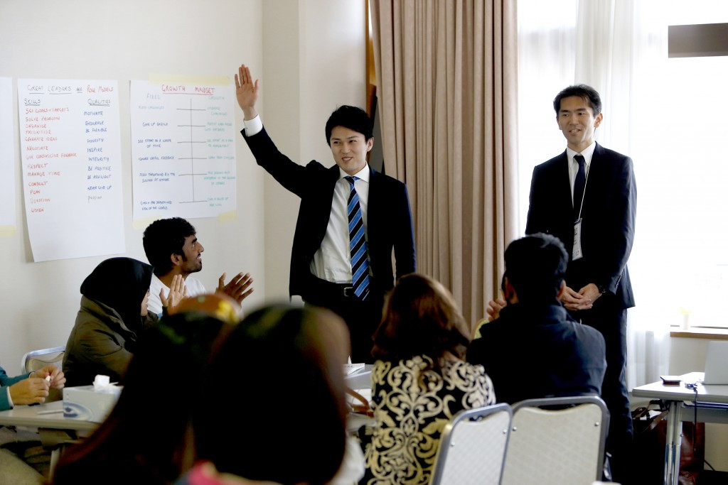 Kenta Chida, left, and Masa Takaya, right, visited the United Nations Office on Sport for Development and Peace camp in in Tōhoku ©Tokyo 2020/Shugo Takemi
