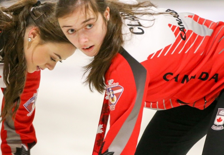 Canadian women complete unbeaten round-robin stage at World Junior Curling Championships
