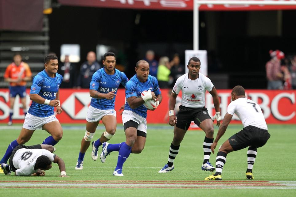 Overall leaders Fiji among three sides to reach Vancouver Sevens quarter-finals with unbeaten record