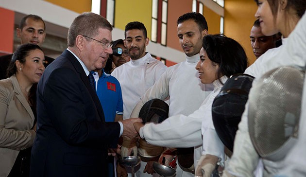 Thomas Bach meeting with young athletes from his sport of fencing during his visit ©IOC/Greg Martin