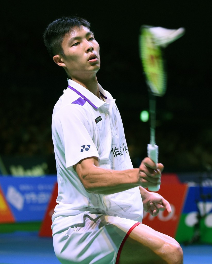 Chou comes from behind to keep Swiss Open hopes alive