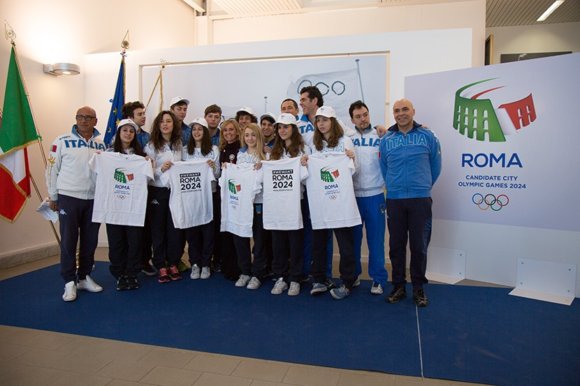 Young Italian fencers met with Rome 2024 officials ©Rome 2024