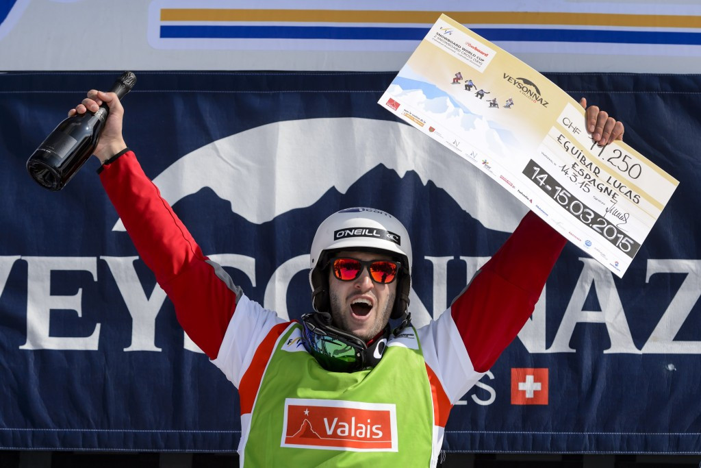Eguibar continues sizzling form with qualification win at home Snowboard Cross World Cup